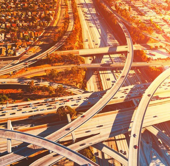 La infraestructura vial para viajar en vehículo por EE.UU.