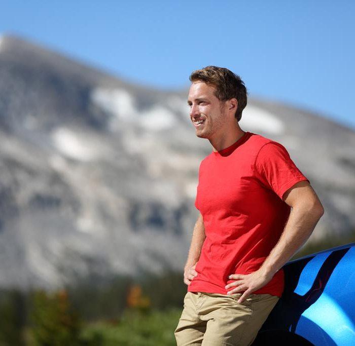 Viaje en automóvil a las montañas