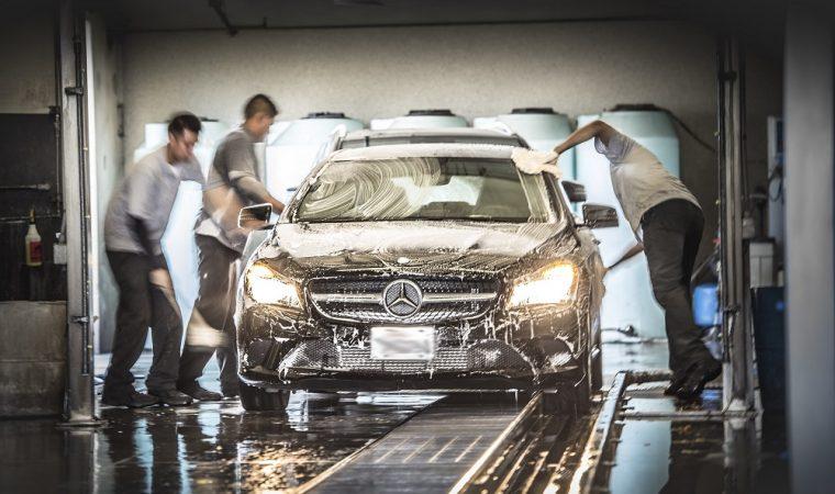 Secrets of modern car washing