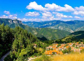 Lugares que ver mientras conduce a través de Bulgaria
