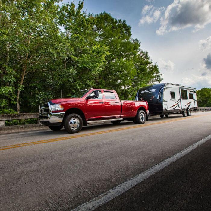 Как всплеск продаж фургонов этим летом мог повлиять на безопасность дорожного движения