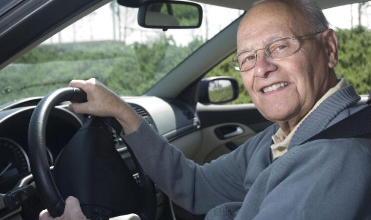 Как продлить срок действия водительских прав в 70 лет? (Великобритания)