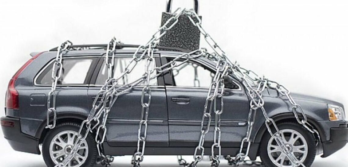 Auto vor Diebstahl schützen: 10 Tipps und wie kann man die Versicherungsprämie senken